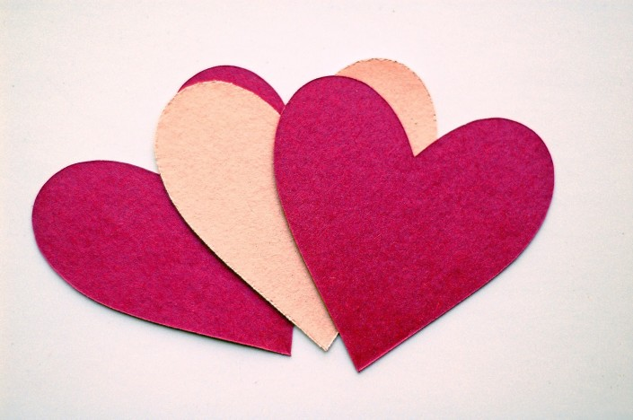 SOLID_PAPER_HEARTS